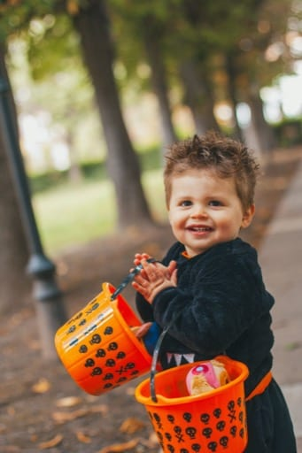 Fun Halloween family photoshoot in London
